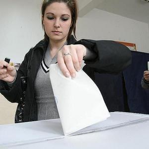 Se vor lasa romanii amagiti de Toamna pomenilor electorale ?
