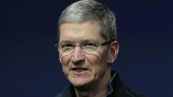 """Seful Apple: """"Am subapreciat cererea de iPhone 4S"""""""