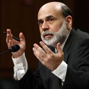 Seful Fed spune ca economia SUA incepe sa se redreseze