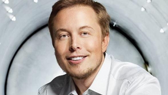 Seful Tesla a primit doar 70.000 de dolari anul trecut, fata de 78 de milioane, in 2012