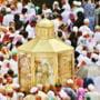 Seicii din Arabia Saudita incep sa imparta bani supusilor cu venituri mici