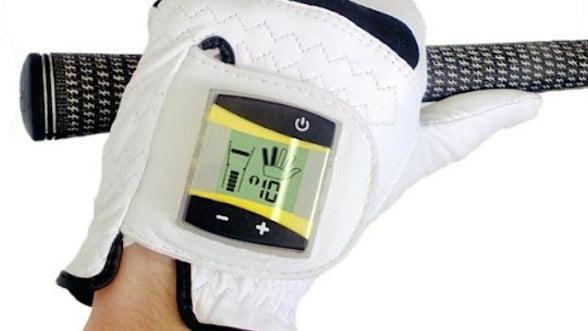 SensoGlove : prima manusa de golf digitala
