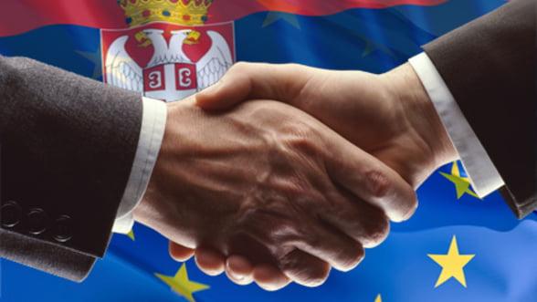 """Serbia va incepe negocierile de aderare la UE, """"cel mai tarziu in ianuarie"""" - AFP"""