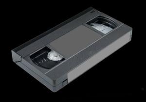 Sfarsitul unei ere: Adio, aparate video! Ultimul producator renunta la ele