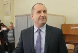 Si Bulgaria a ales Rusia: Guvernul a demisionat dupa victoria lui Rumen Radev