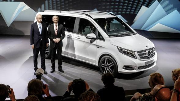 Si business si de familie: Ai vazut noul Mercedes?