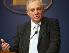 Sindicalistii din administratie au cerut ministrului Muncii deblocarea unor posturi