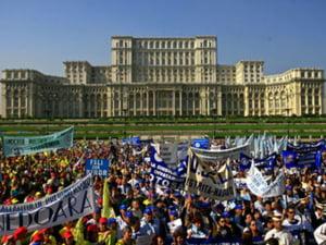 Sindicalistii protesteaza in tara fata de Codul Muncii