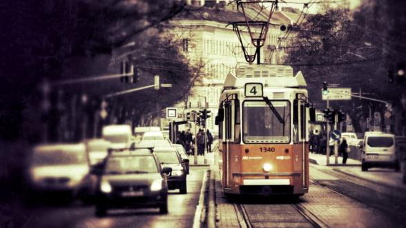 Singurul producator de tramvaie din Romania abia face fata cererii: Dupa 40 de ani in care orasele nu au cumparat nimic, acum toate vor in acelasi timp