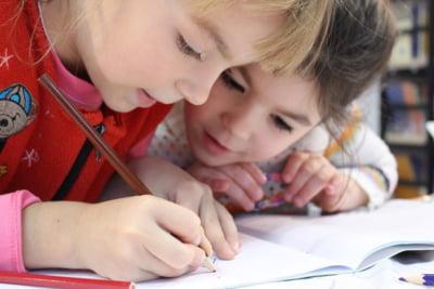 Sistemul slab de educatie si birocratia din Romania ne costa 6% din PIB, in fiecare an