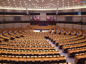 Situatia premierului urmarit penal ajunge la Strasbourg - cand ar putea dezbate PE criza din Romania