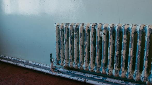 Situatie dramatica in sistemul de termoficare: 1,3 miliarde litri/luna, pierderile de apa din reteaua RADET in sezonul de iarna