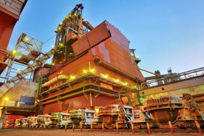 Situatie tensionata la ArcelorMittal Galati: Sindicalistii se tem ca ar putea veni rusii, premierului i s-a cerut desecretizarea contractului de privatizare