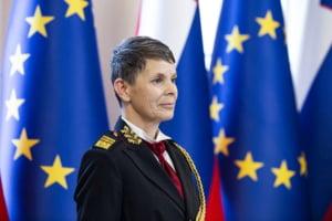 Slovenia a devenit singura tara membra NATO a carei armata e condusa de o femeie