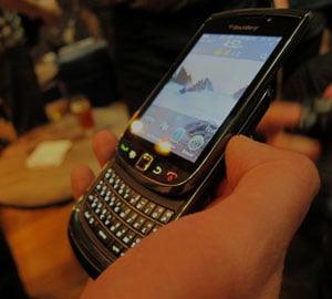 """Smartphone-uri care """"traiesc o vesnicie"""""""