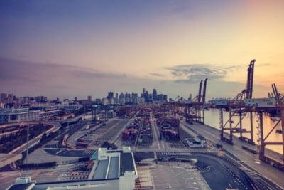 Solutia StreetNode a Intracom Telecom conecteaza fara intreruperi un hub maritim major din Emiratele Arabe Unite