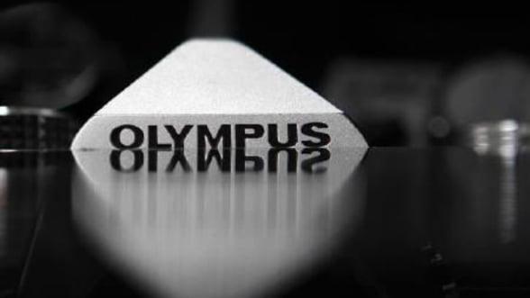 Sony ar putea cumpara Olympus. Fujifilm si Panasonic sunt si ele interesate