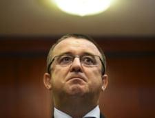 Sorin Blejnar, condamnat la 6 ani de inchisoare pentru o spaga de 12,5 milioane de lei