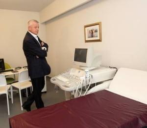 Sorin Oprescu, plimbat de la un spital la altul