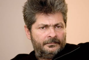 Sorin Ovidiu Vintu, saltat de politisti - incerca sa fuga din tara cu acte false