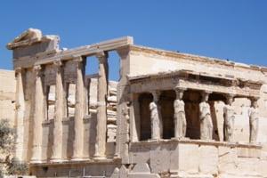 "Soros: Grecia poate inca intra intr-o ""spirala a mortii"""