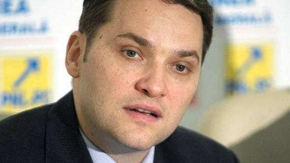 Sova: Dacia va avea, pana in 2015, autostrada intre Sibiu si Nadlac