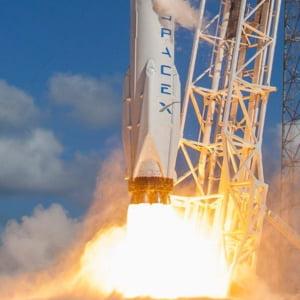 SpaceX poate lansa din nou rachete in spatiu, dupa explozia de pe rampa de lansare