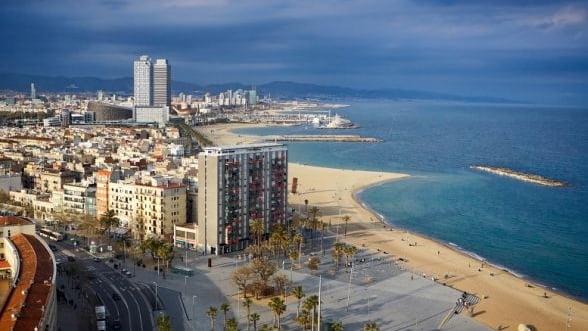 Spania: Numar record de 34 milioane turisti straini in primele sapte luni