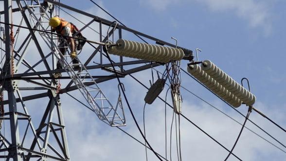 Speculantii si companiile energetice, principalii interesati de actiunile Transelectrica