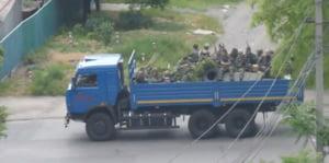 Stare de razboi in Ucraina: Bombe, morti si refugiati in tuneluri
