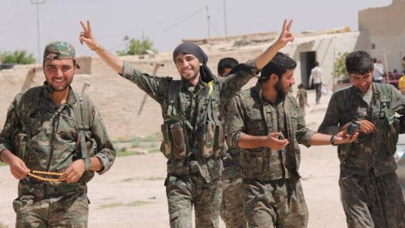 Statul Islamic a pierdut 20.000 de soldati si 25% din teritoriile ocupate
