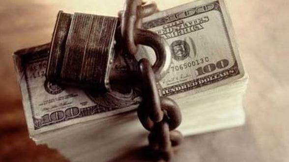 Statul plateste daca bancile-mama retrag capital din Romania