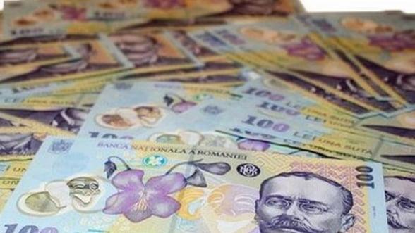 Statul va depasi in 2013 plafonul de salarii, ajungand la 7,3% din PIB