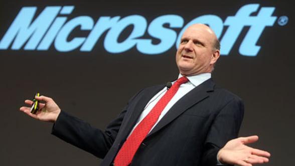 Steve Ballmer se va retrage de la sefia Microsoft. Actiunile grupului au crescut cu 9%