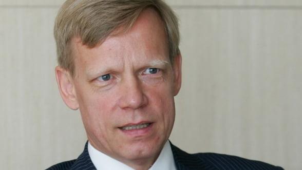 Steven van Groningen: Nu m-as mira sa fie banci de vanzare in Romania