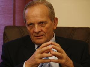 Stolojan: Romania are nevoie de 7,5 miliarde de euro in 2010