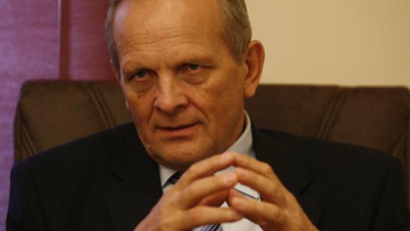 Stolojan critica privatizarea Oltchim: Termenele fixe sunt o greseala