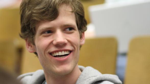 Strategie controversata: Google l-a angajat pe Mark Zukerberg al online-ului underground