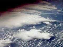 Stratul de ozon, la un nivel minim record