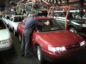 Stroe, ACAROM: industria auto, 10% din PIB in 2010