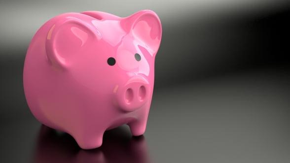 Studiu: Romanii nu vad cu ochi buni educatia financiara, doar 1% ar apela la un specialist
