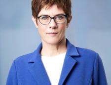 Succesoarea lui Merkel ii va lua locul Ursulei von der Leyen in Guvernul de la Berlin