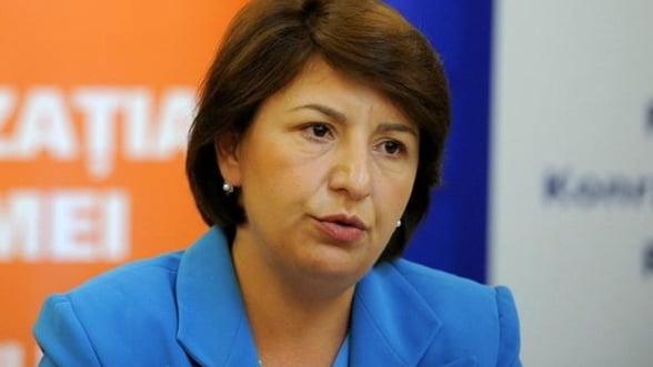 Sulfina Barbu: Sunt mai multi bugetari decat e nevoie