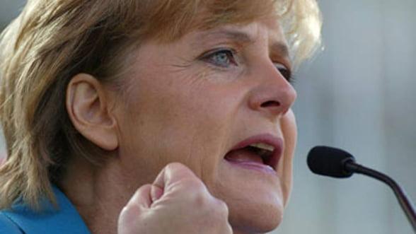 Summit UE: Merkel a tinut piept presiunilor privind eurobondurile