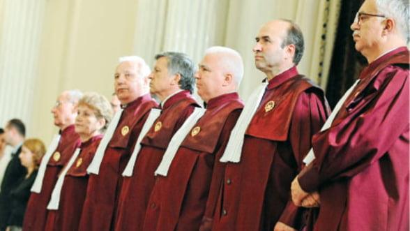 Suspendarea lui Basescu e constitutionala, Antonescu asigura interimatul