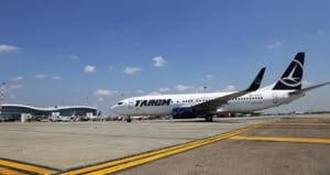 TAROM anuleaza zeci de zboruri externe si interne in lunile noiembrie si decembrie. Pandemia afecteaza grav traficul aerian
