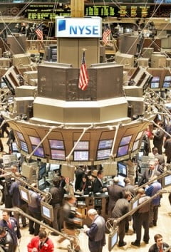 Taierea dobanzii de catre FED aduce scaderi pe Wall Street