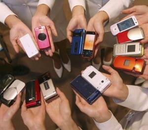 Tarifele la telefonia mobila vor scadea cu 30%