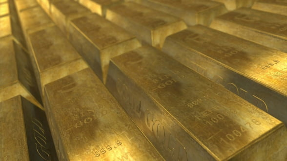 Tarile care vor sa isi reduca dependenta de dolari cumpara tot mai mult aur