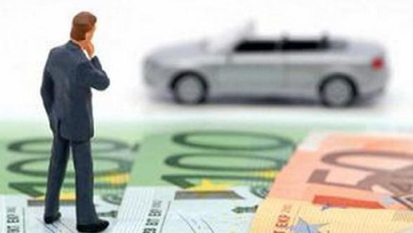 Taxa auto, amanata pentru 2013. Piperea: un semn ca legea nu trebuia grabita